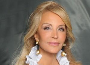 Carmen Lomana presenta una colección de joyas para Dijoüs