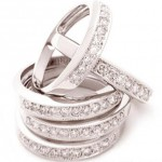 Divine Diamonds: Anillo de diamantes para damas solteras