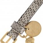Alexander McQueen brazalete con craneo dorado 2012 5
