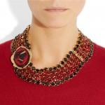 Miu Miu: Collar de cristal con cameo chapado en oro