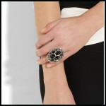 Bottega Veneta: Anillo con esmalte negro y plata esterlina