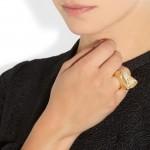 Chloé: Anillo con piedra de resina 'Bettina'
